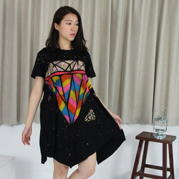 §獨具衣格§泰國曼谷直送G7897手繪螢光鑽石不規則顯瘦洋裝-中大尺碼