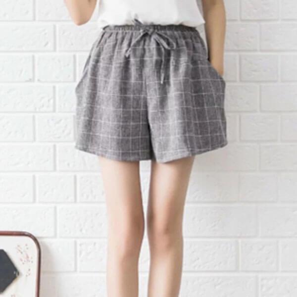 §獨具衣格§ J1501 棉麻 顯瘦學院風格子短褲